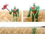Mattel_Astro_Robot_in_the_corn_s